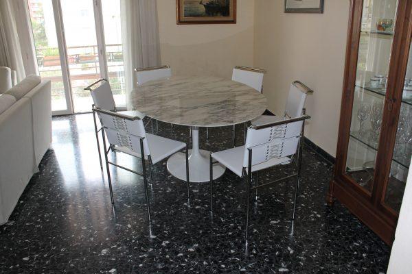 Tavolo Tulip Bianco : Quale sedia abbinare al tavolo tulip instant design