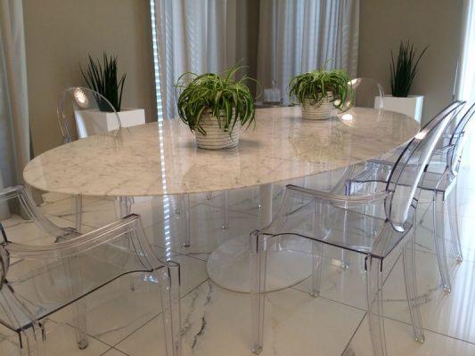 Quale sedia abbinare al tavolo tulip instant design for Sedie di design 2017