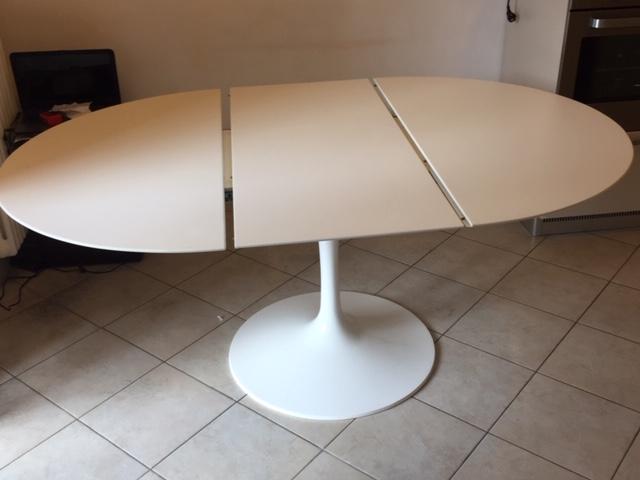 Tavolo Tulipano Con Piano Laminato Liquido Allungabile Instant Design