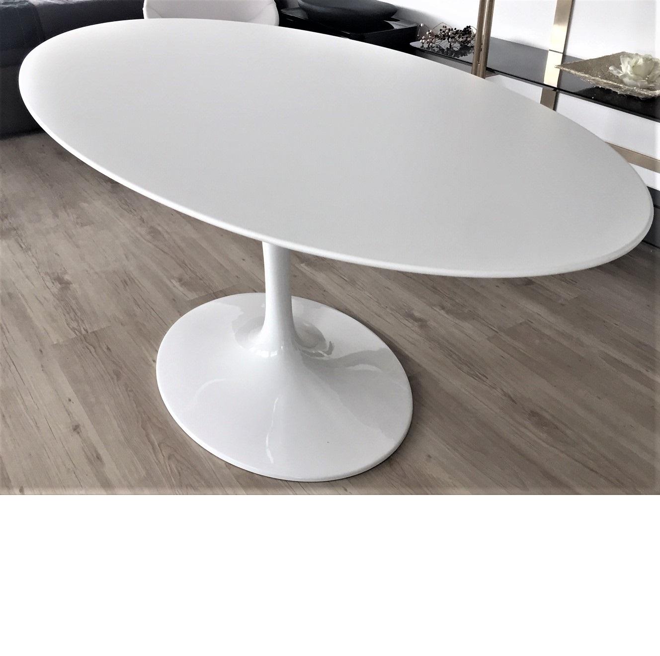 Tavolo Tulipano con piano laminato liquido ovale da cm 160 x 85